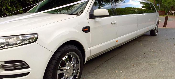 ford super stretch limo wedding side