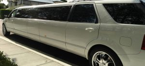 territory super stretch limo side